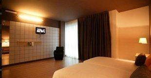 HabitaciÓn doble mÁs 2 camas supletorias ele hotelandgo arasur rivabellosa