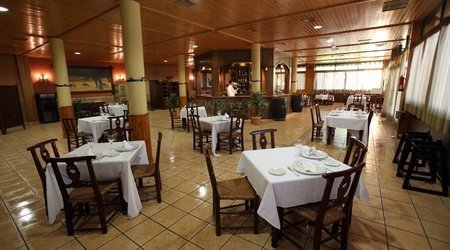Restaurante hotel ele puerta de monfragüe malpartida de plasencia