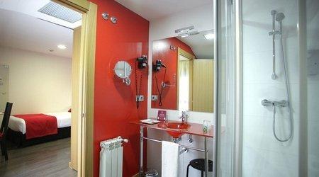 Baño habitación individual ele enara boutique hotel valladolid