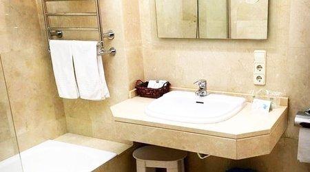 Baño Hotel ELE Acueducto